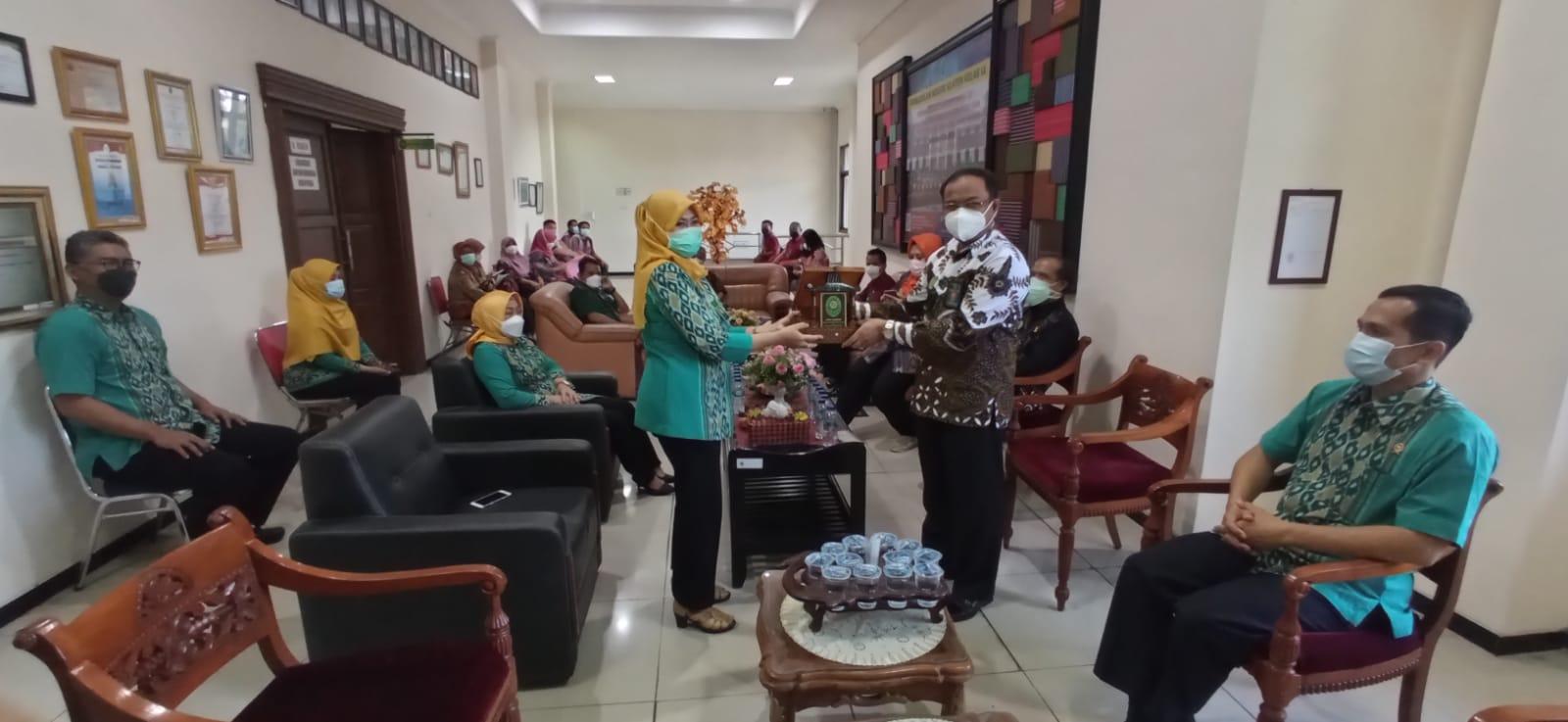 Studi Banding PN Sukoharjo ke PN Klaten